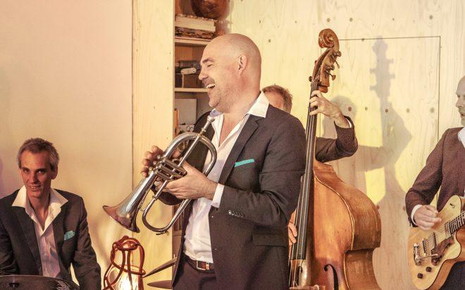 Jazzband met trompettis voor receptie, borrel of bruiloft