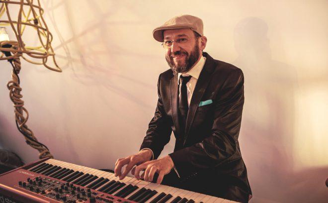 Jazzpianist van jazzband